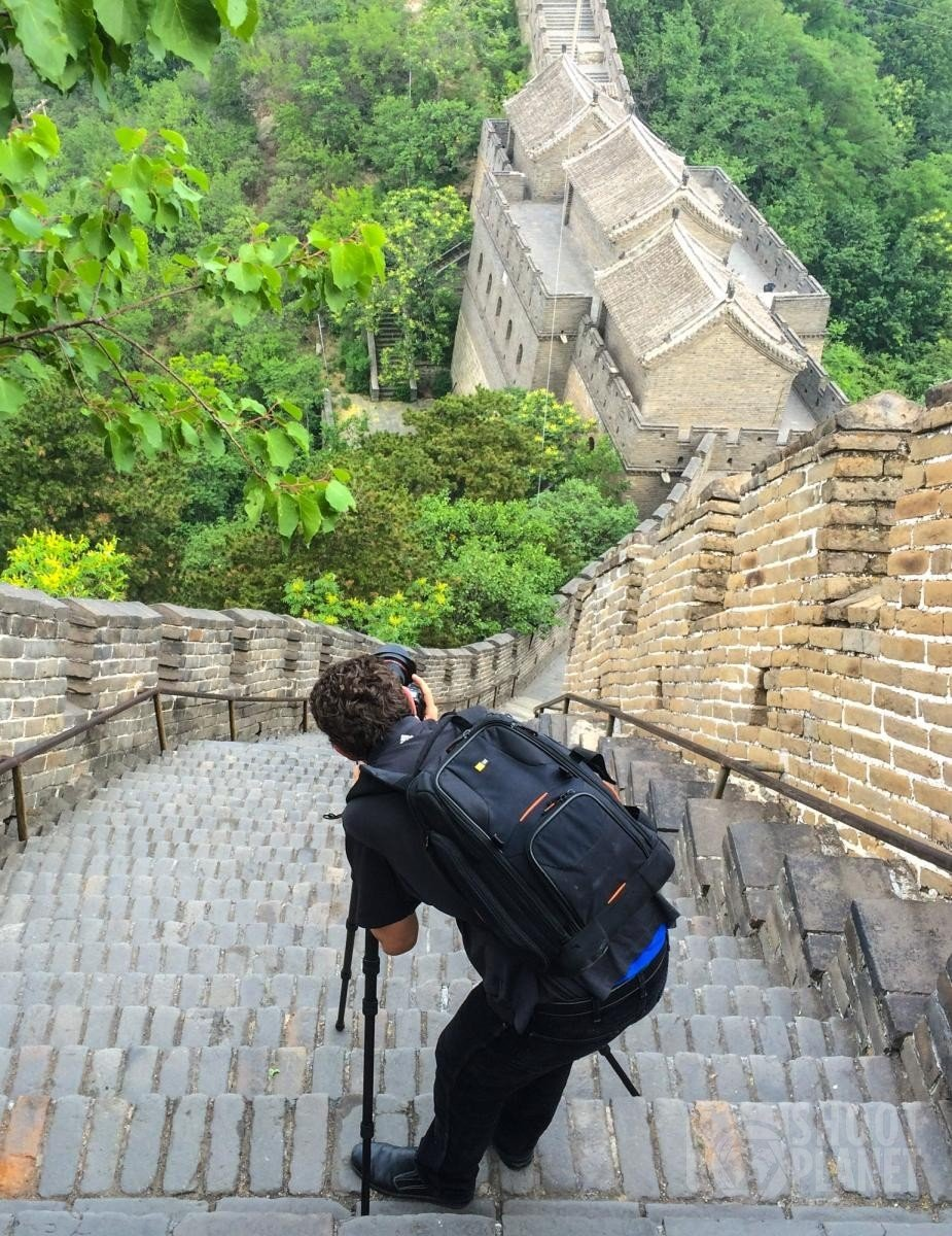 Marc Turcan photographing the Great Wall in China