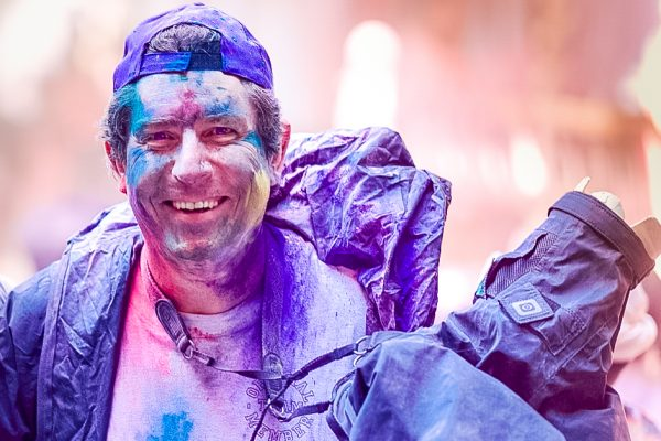 Marc Turcan photographing the Holi Festival, India