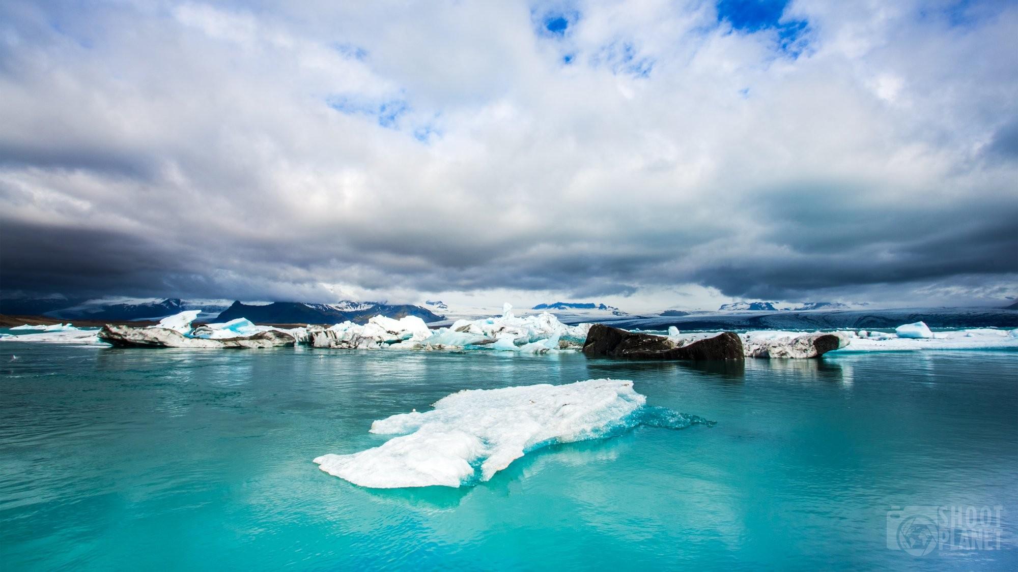 Icebergs in Jokulsarlon lagoon Iceland
