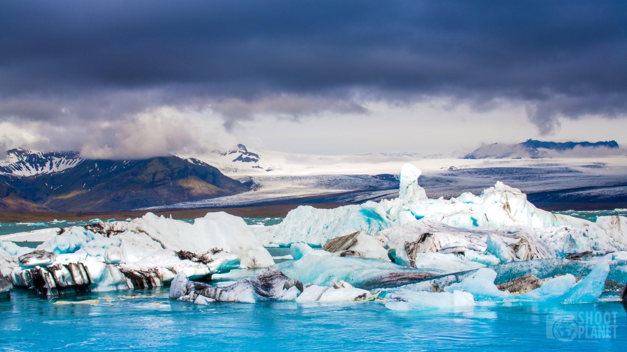 Jokulsarlon lagoon icebergs and glacier, Iceland