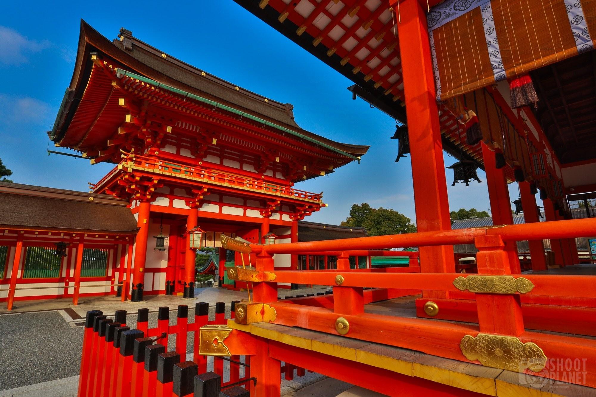Main gate of Fushimi Inari Shrine, Kyoto