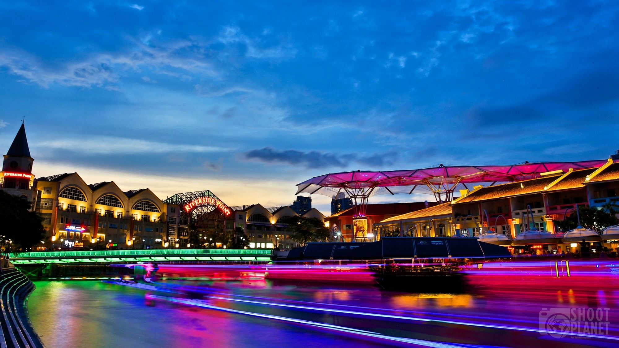 Singapore riverside point colorful sunset