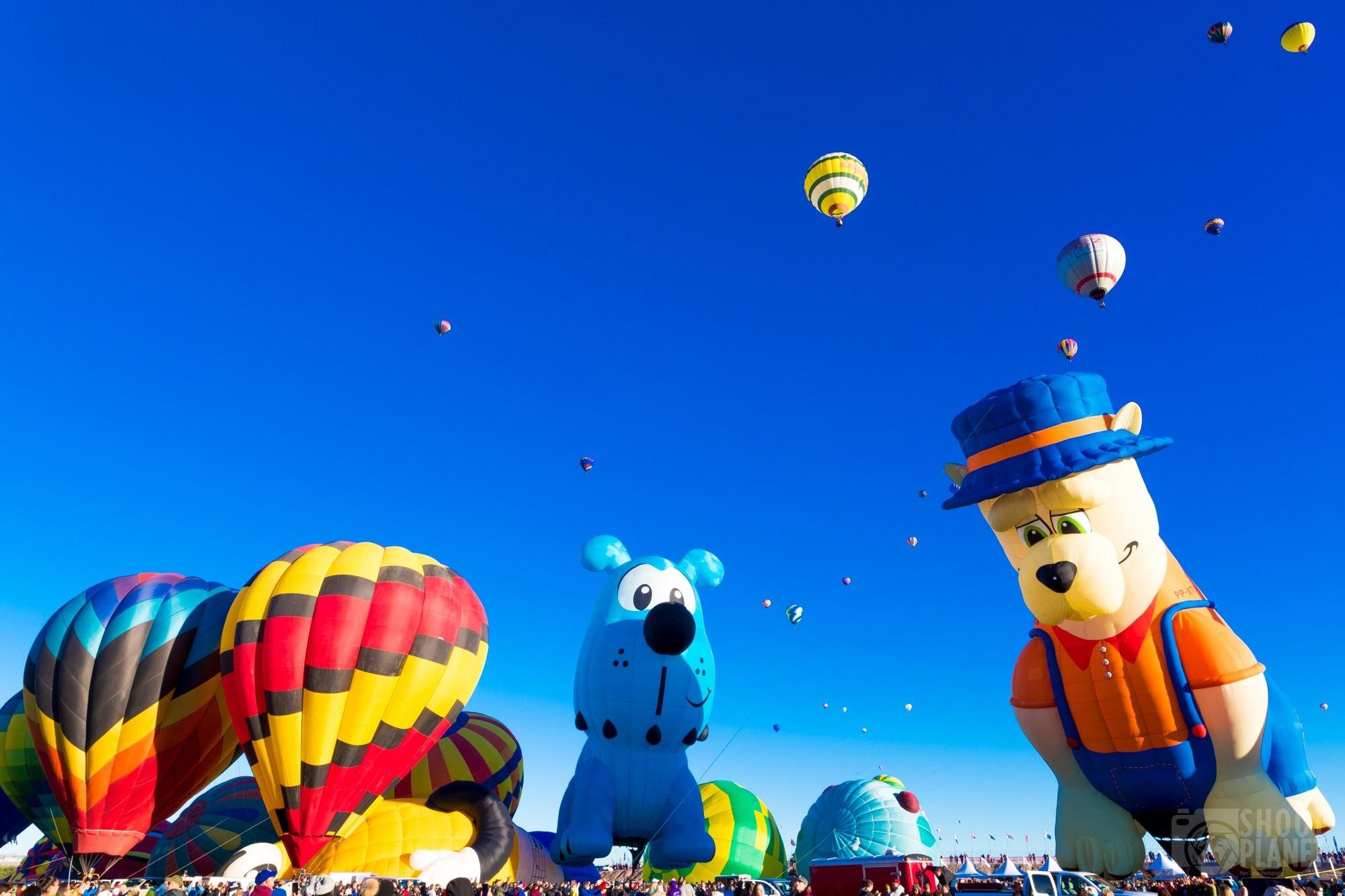 Hot air balloon mass ascension, Albuquerque USA