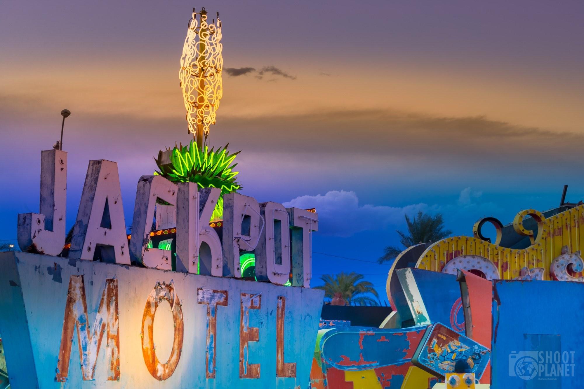 Jackpot motel neon sign Las Vegas, USA