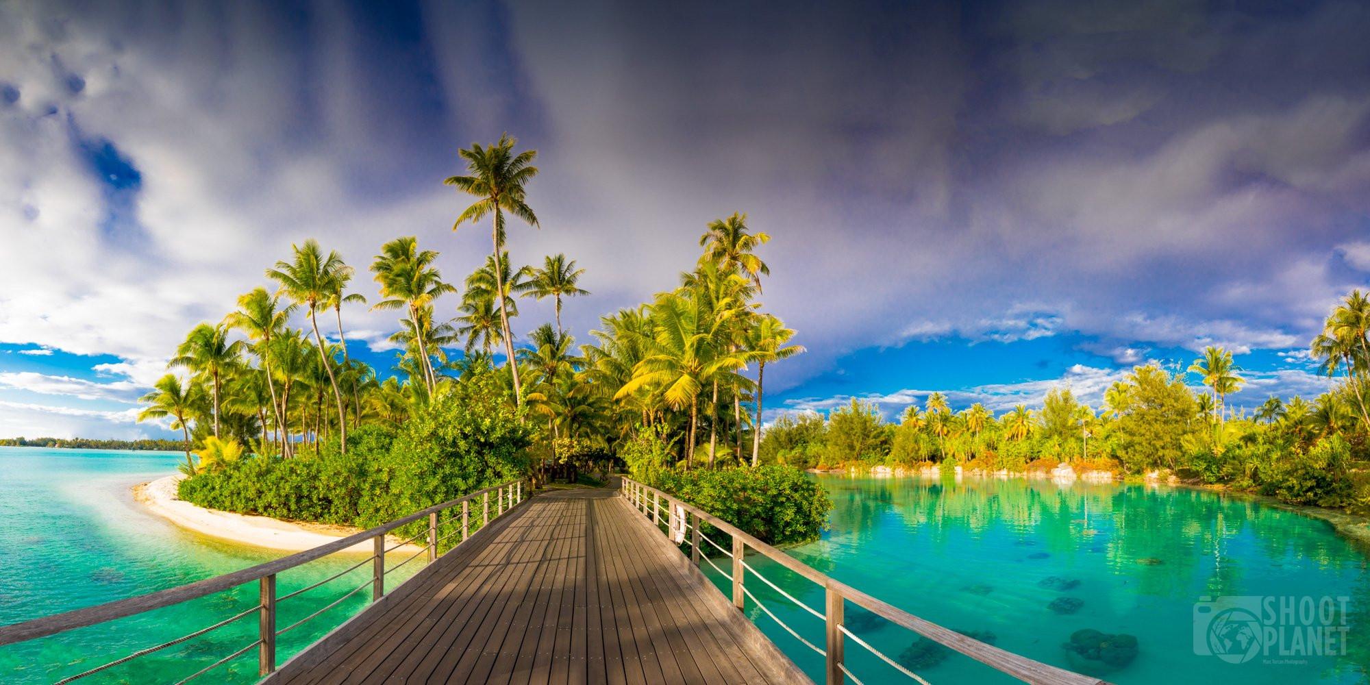 Wooden bridge to Bora Bora motu