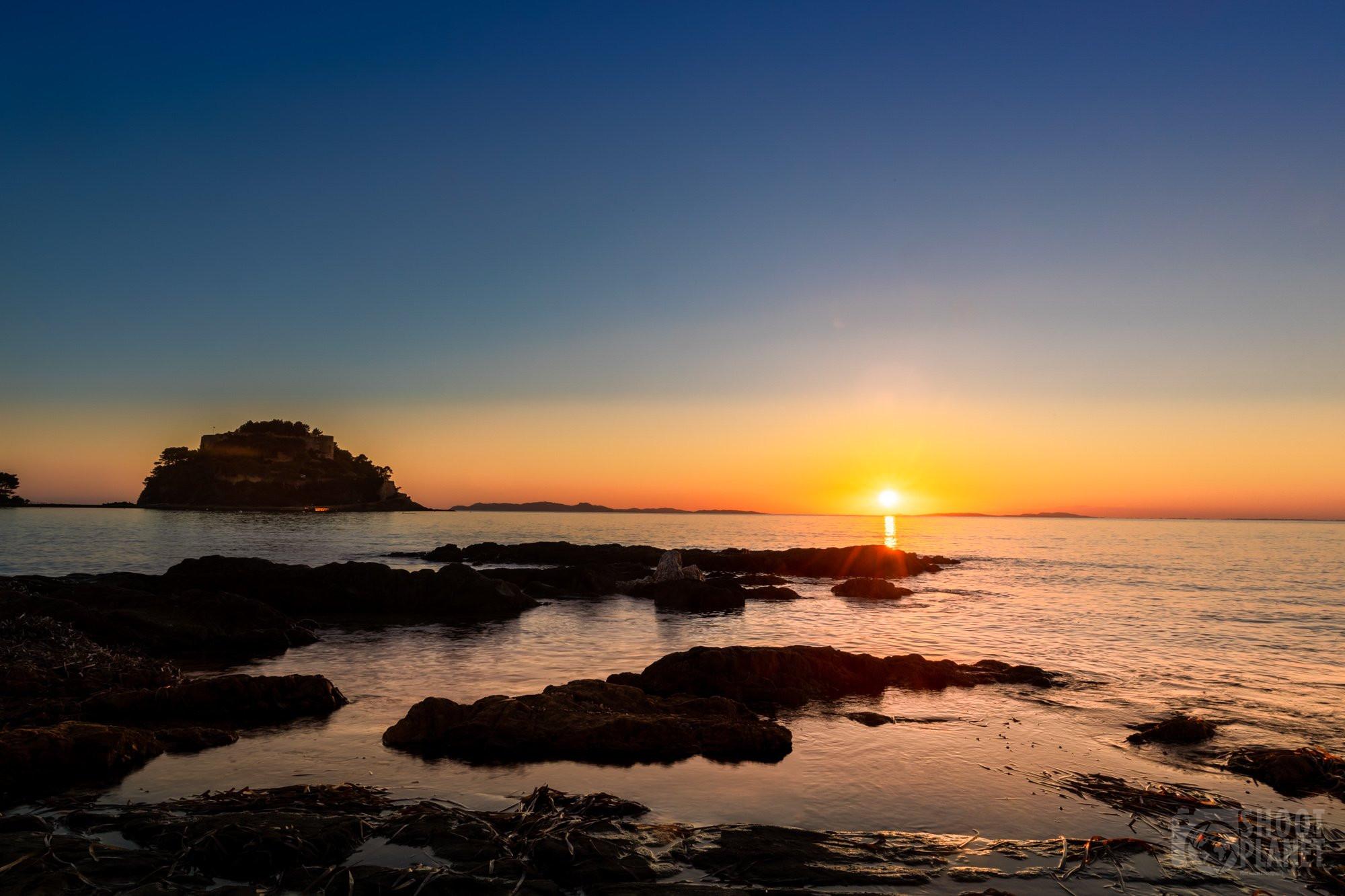 Bregançon fort and rocks sunset, France
