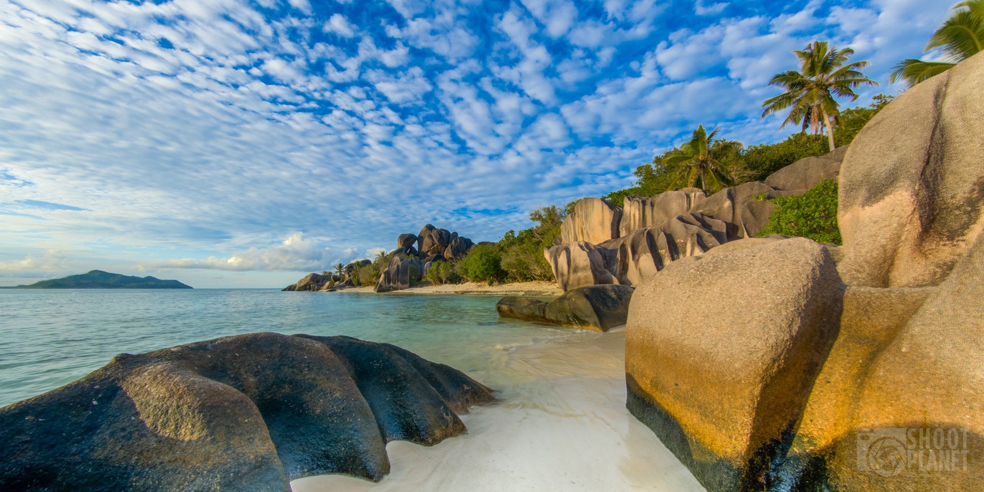 Beautiful granite rock beach, La Digue, Seychelles