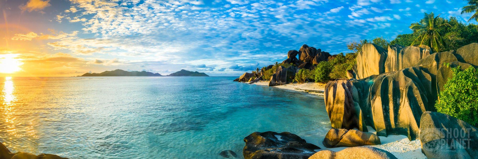 Granite rock beach sunset, La Digue, Seychelles