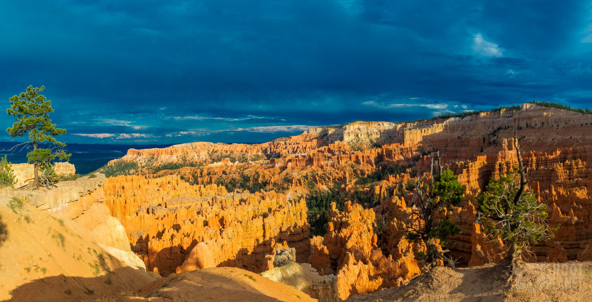 Sunset from sunset point, Brice canyon, USA