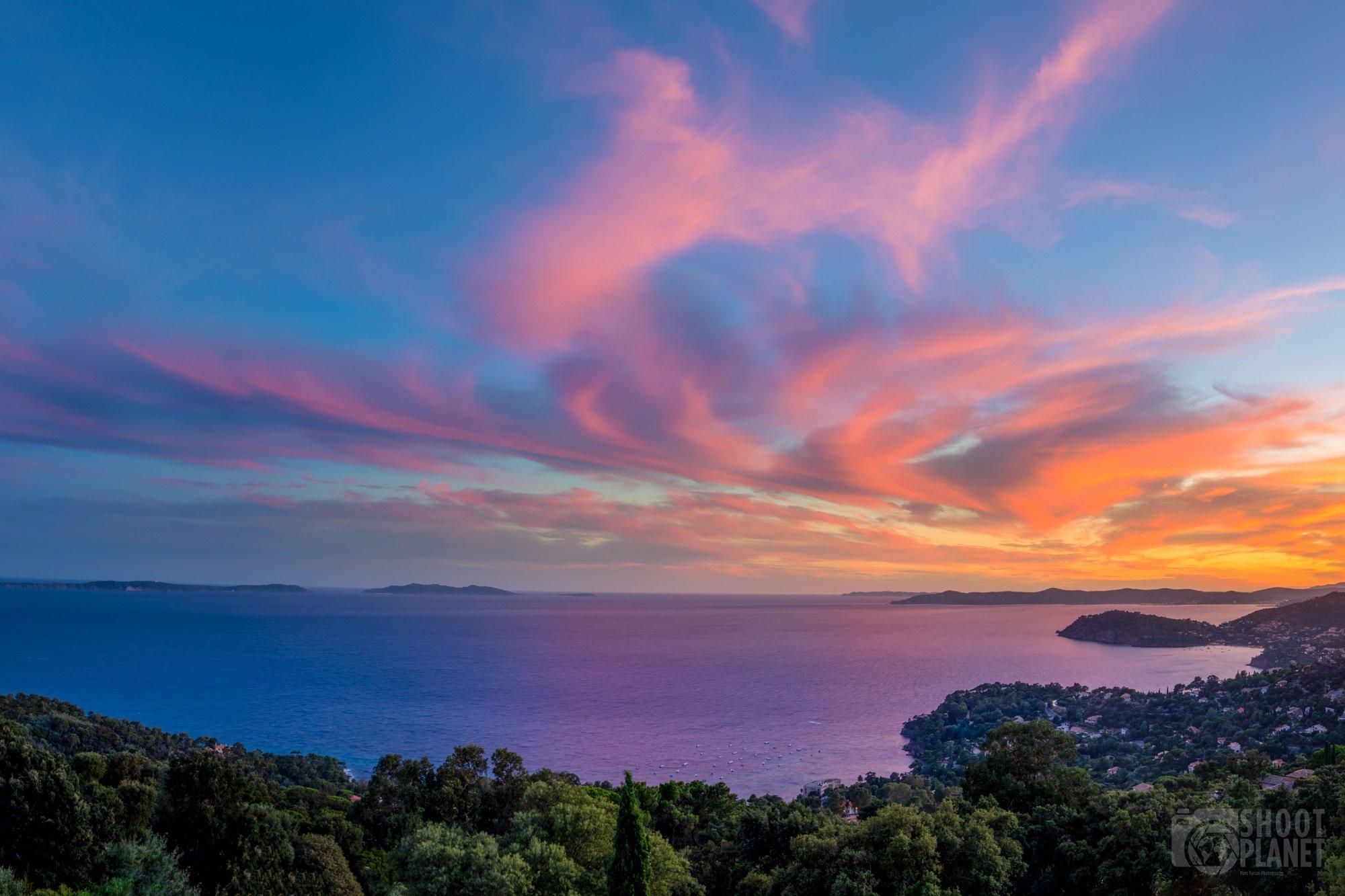 Vistazur terrasse sunset, Rayol-Canadel france