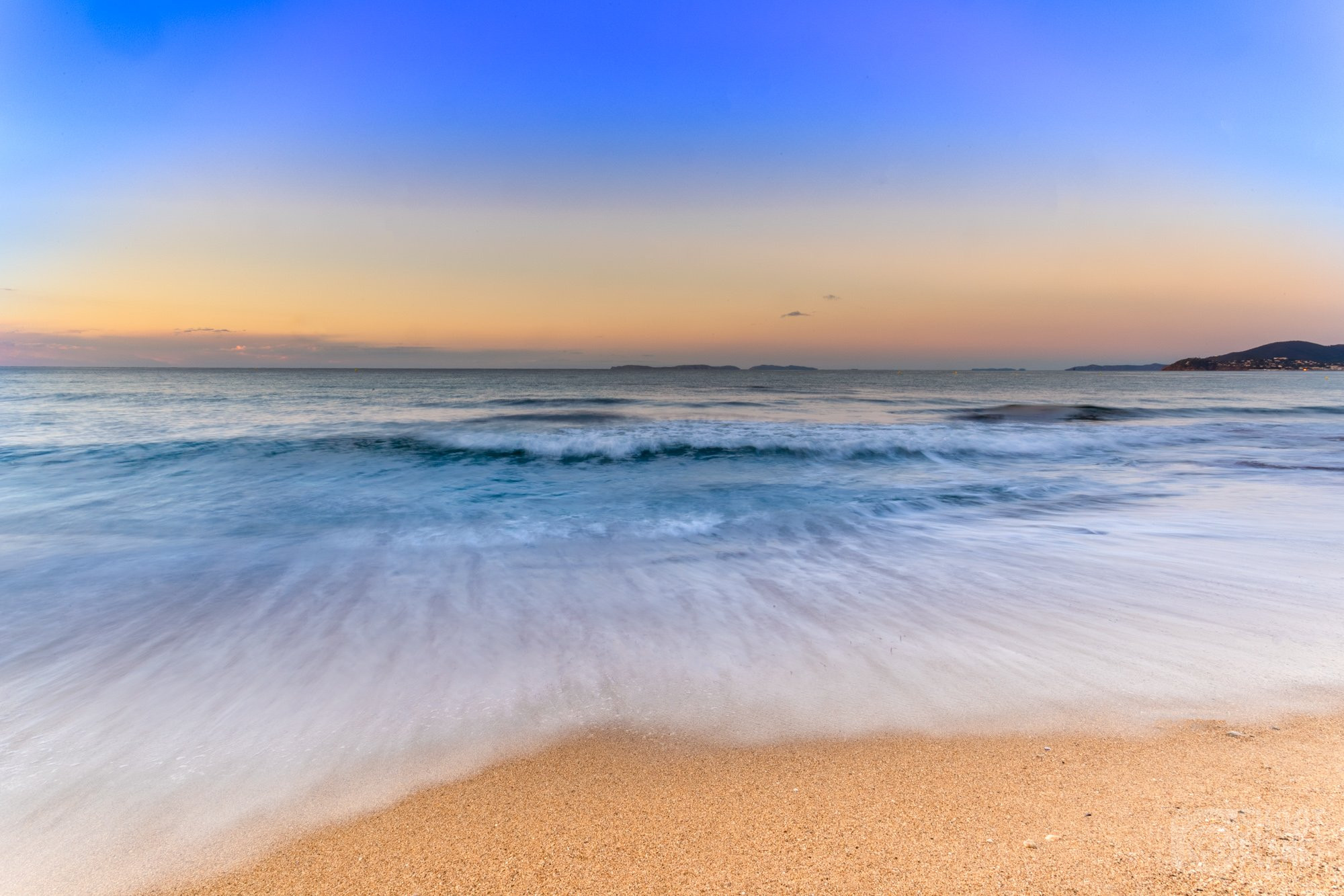 Sunrise on Gigaro beach, gulf of Saint-Tropez