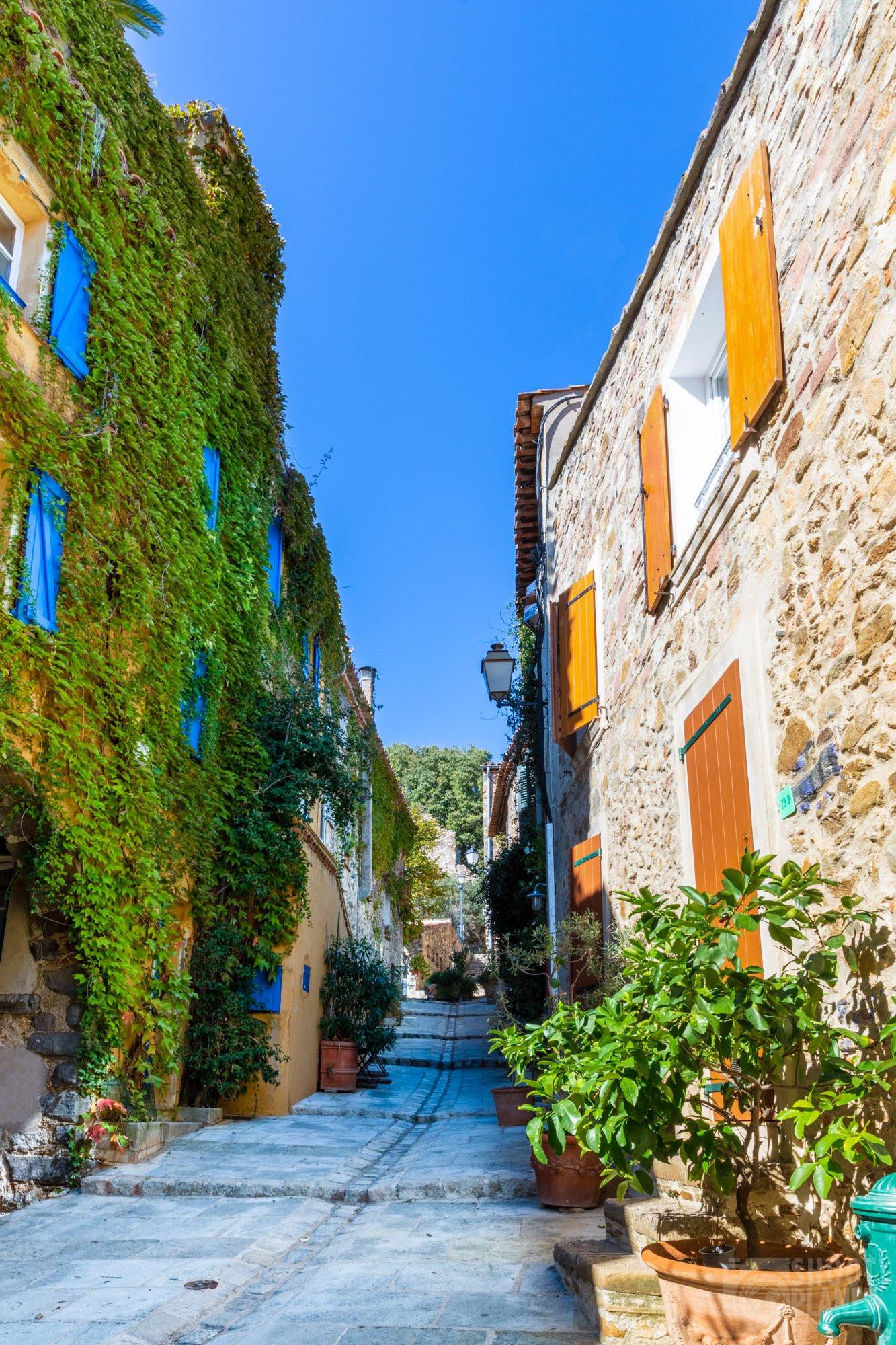 Grimaud village houses, near Saint-Tropez, France