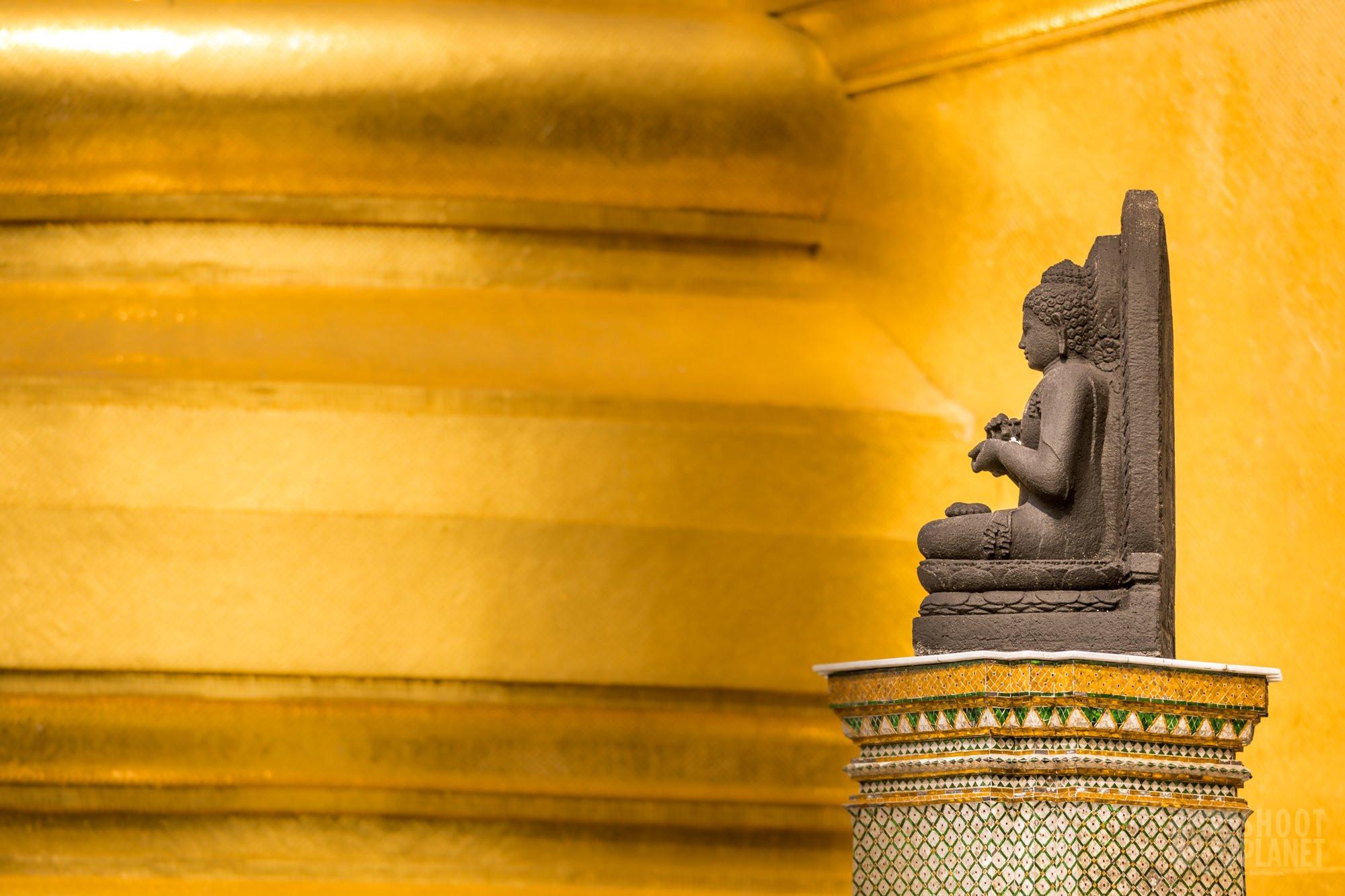 Wat Phra Kaew temple Buddha, Bangkok Thailand