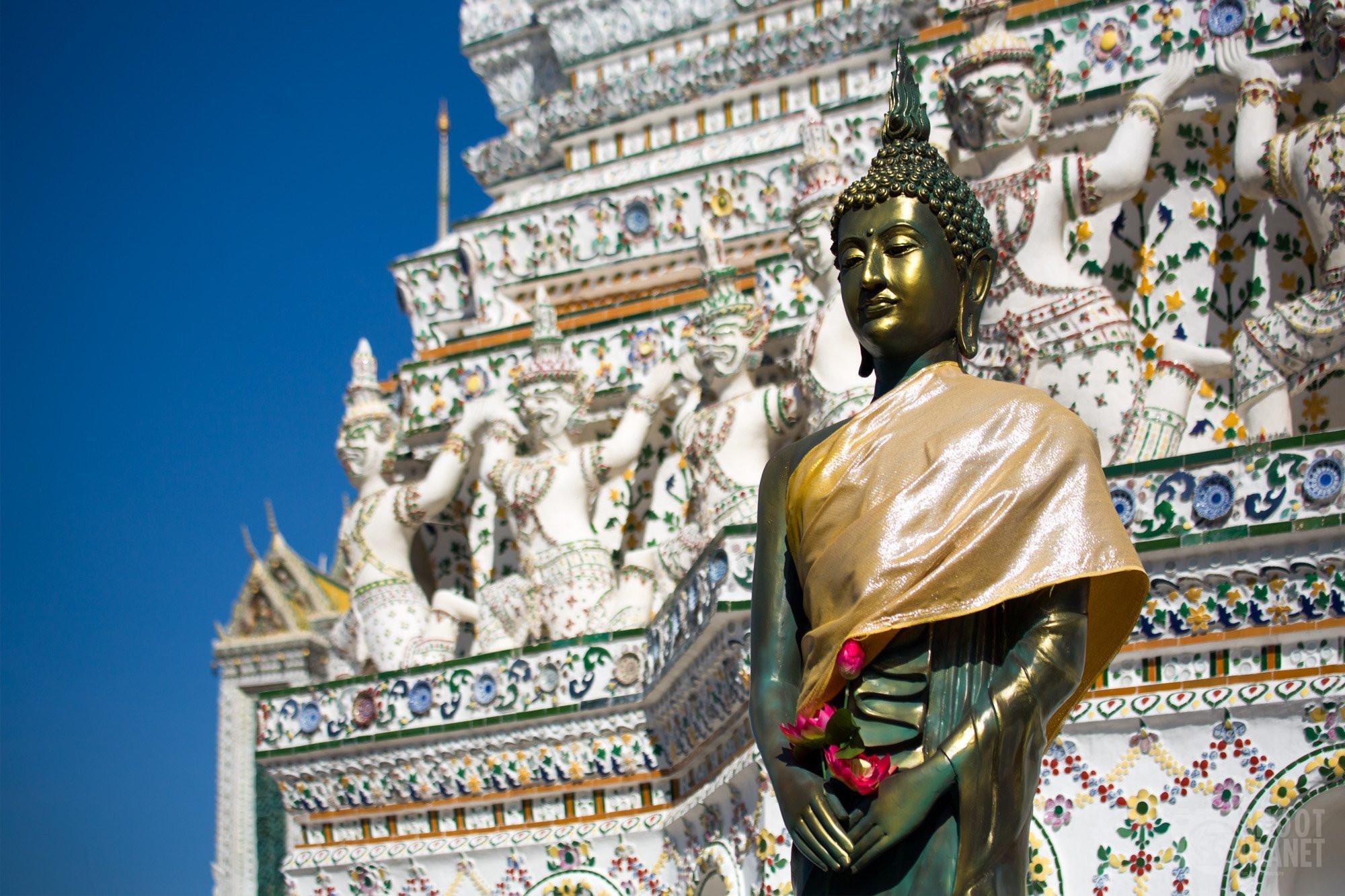 Buddha statue, Wat Arun temple, Bangkok Thailand