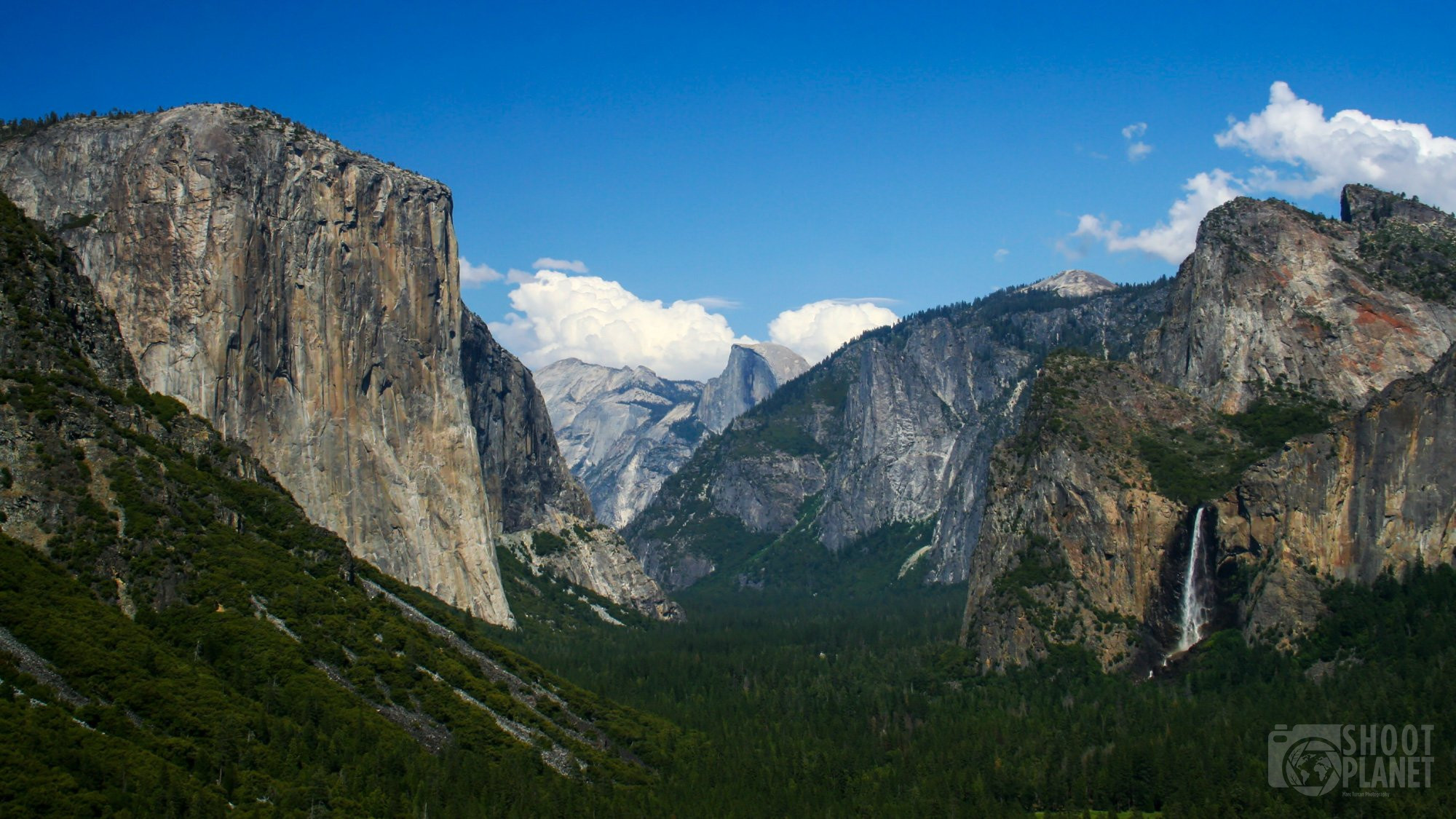 Yosemite National Park tunnel view panorama, California