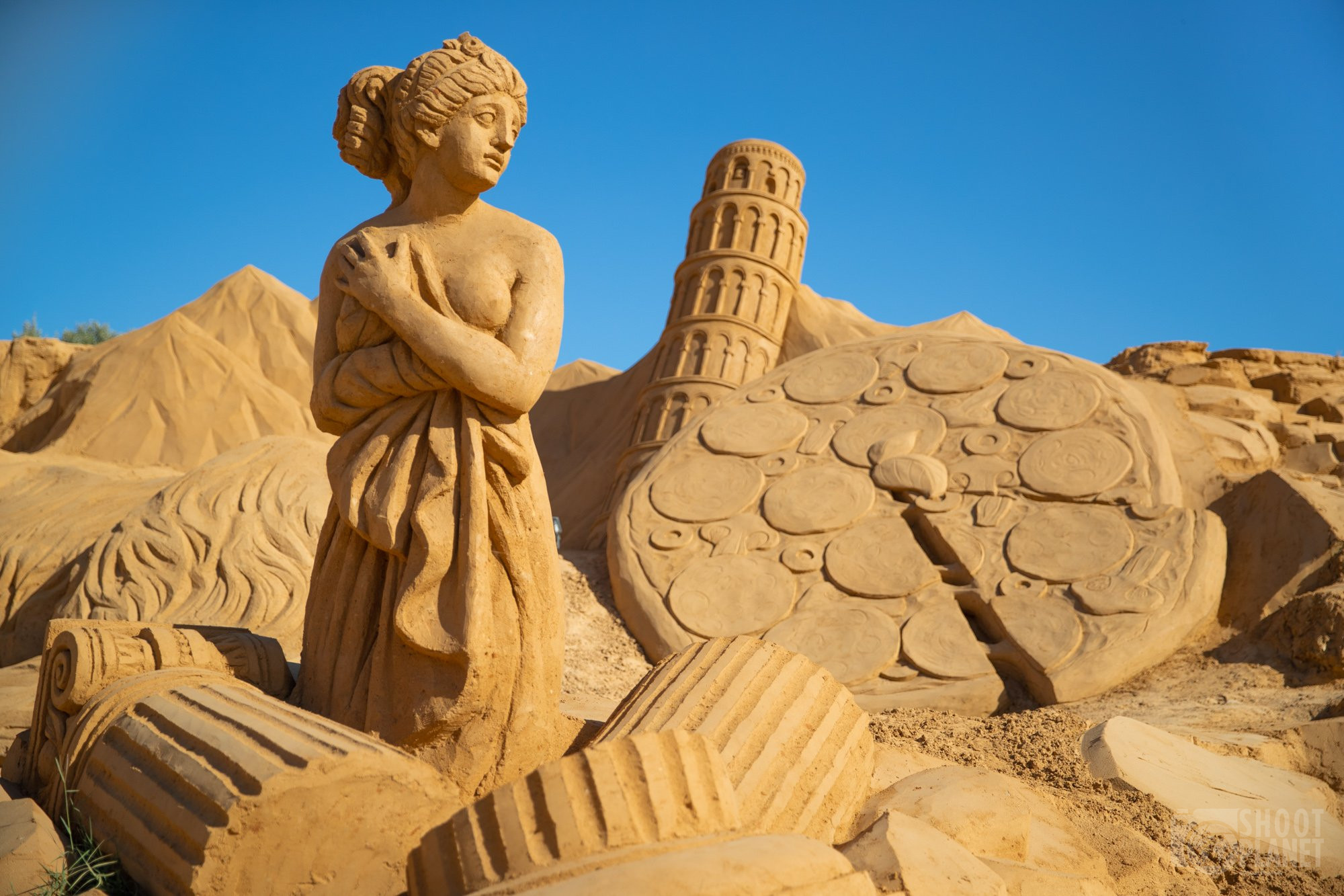 Sand city statues, Lagos Portugal
