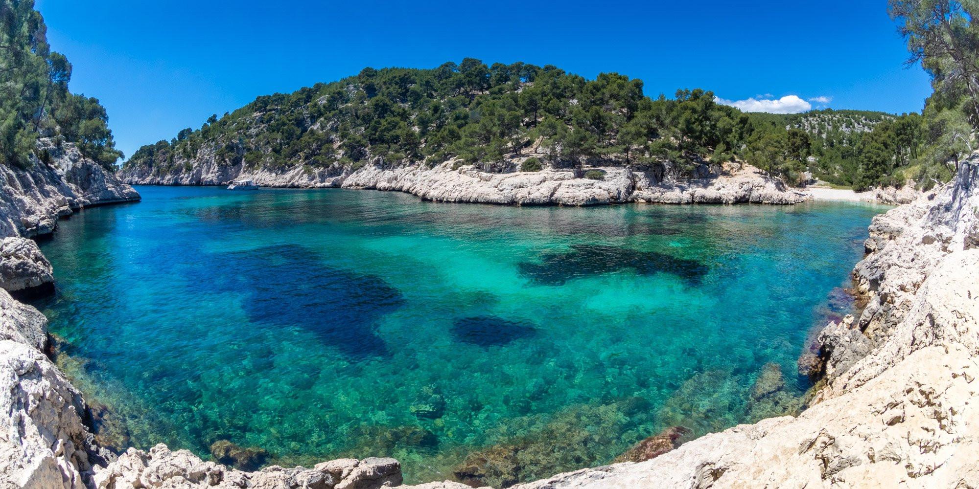 Port-Pin Calanque colors, Azure coast France