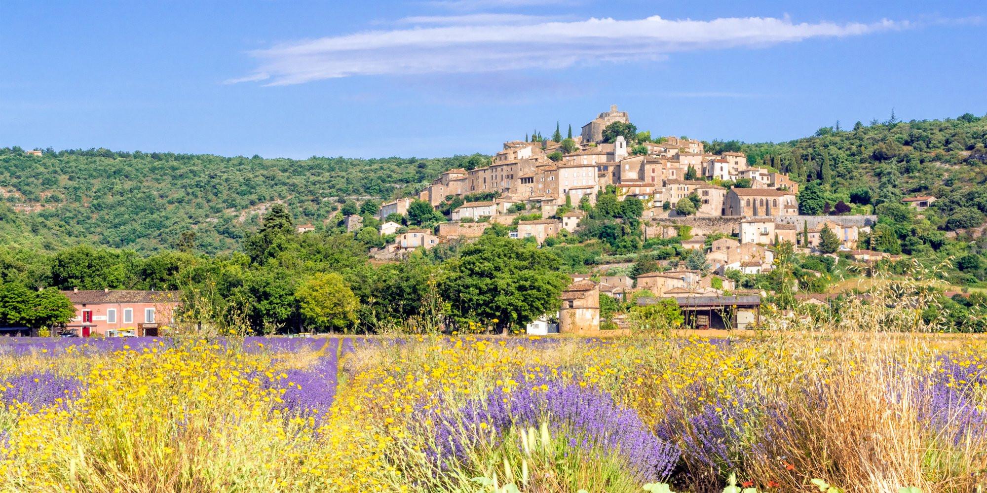 Simiane-la-Rotonde Provençal perch village in Vaucluse France